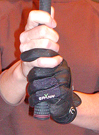 interlocking golf grip