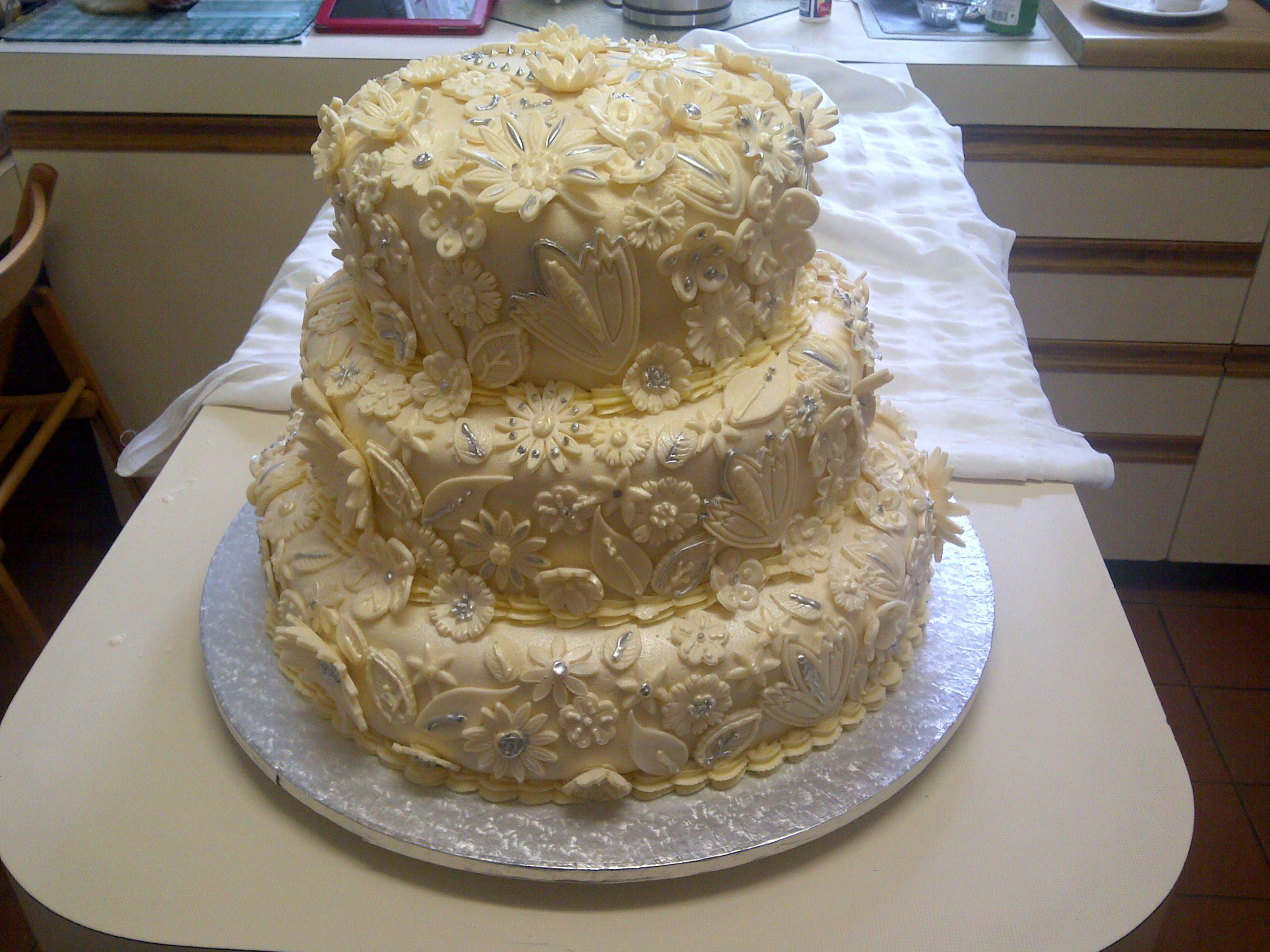 Cakes by Tasha Natasha 1