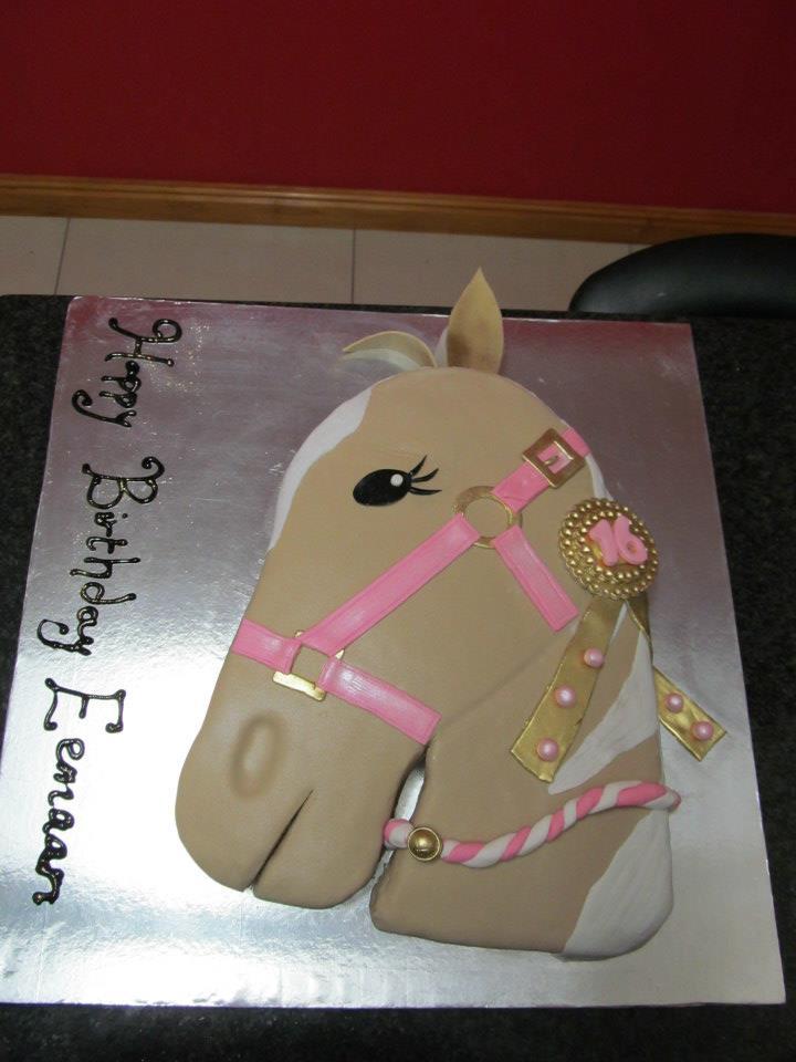 The Cake Angels rifqah Horse