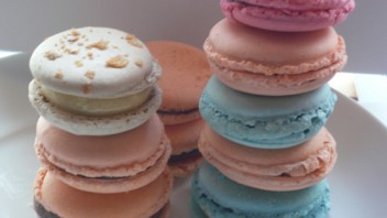 Baking Tannie 2013 – What a macaron is NOT? and Lila's Baking Exam