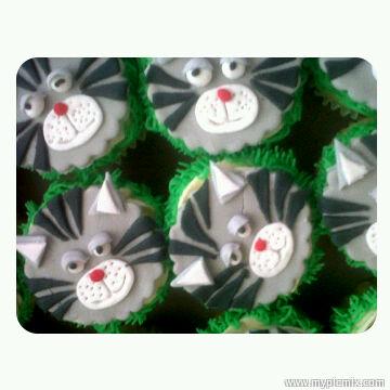 yumna bawa deziner cupcakes 2