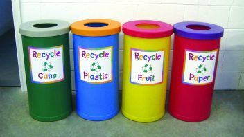 Separate your waste – Help Recycling cart collectors