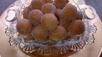 Drop Doughnuts  By Najiya