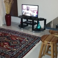 contemporary halaal holiday apartment in musgrave/ berea